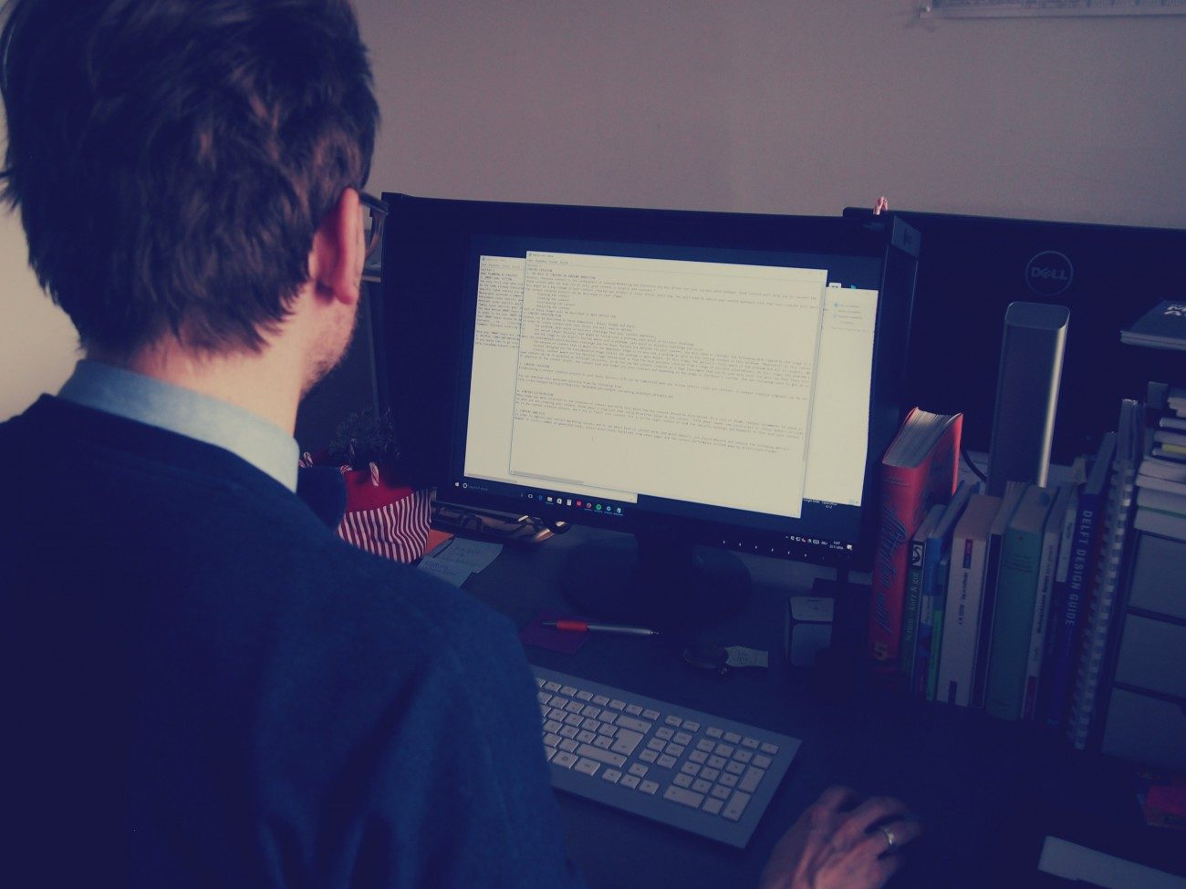 Script-writing of the HubSpot Certification Guide